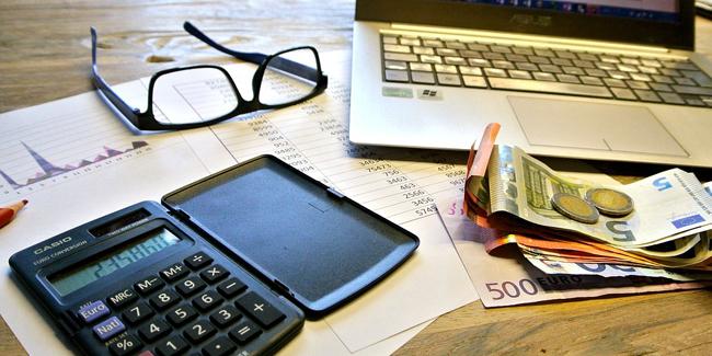 Plus de 10 000€ d'impôts : solutions pour diminuer son imposition
