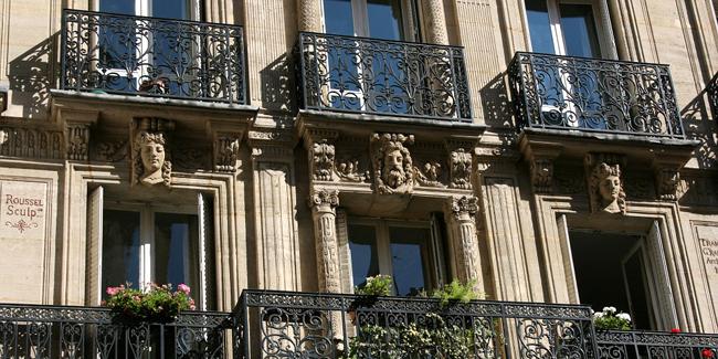 Investir dans l'immobilier : pour créer un patrimoine, défiscaliser, ou les deux ?